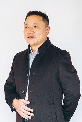 王云泉照片.jpg