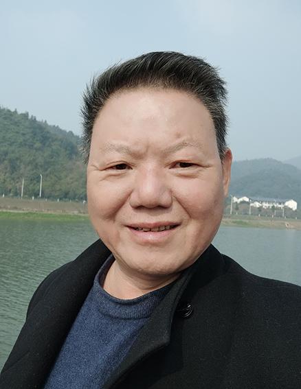 笔墨传经典 功勋耀中华——中国当代极具创作力的新文艺书法名家陈建新